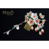 Exquisite handmade JAPANESE KANZASHI hair comb White Sakura blossoms