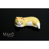 Japanese Maneki neko porcelain Chopstick Rest sleeping cat Tiger Tora