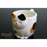 Adorable Japanese style coffee/tea cup mug Maneki neko fortune cat tri-color