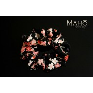 Beautiful JAPANESE kimono crepe hair gum. Black