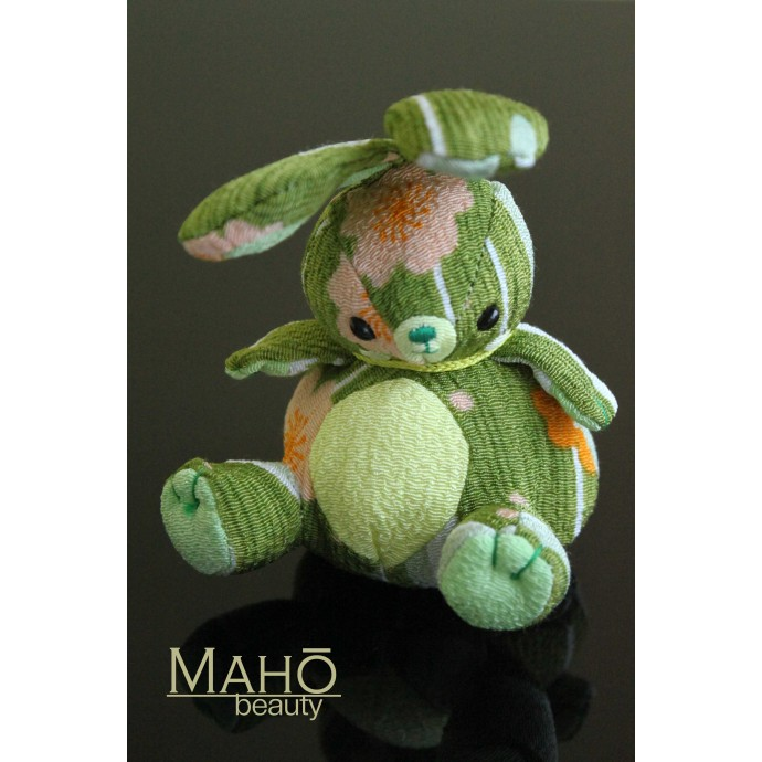 Little Japanese kimono Chirimen Rabbit – Usagi. Adorable design accessory