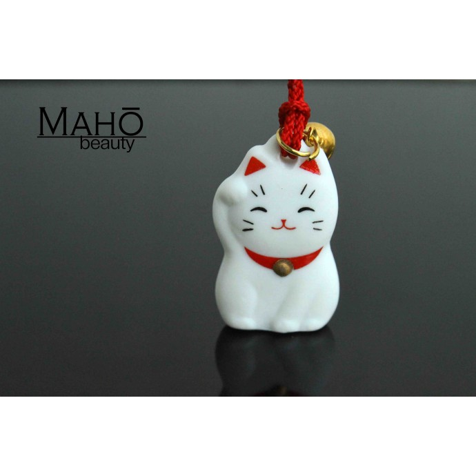 Lovely charm Maneki Neko - Japanese fortune cat, white