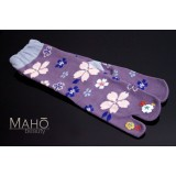 Cute Japanese style Tabi socks: 桜 Sakura 22-25 cm