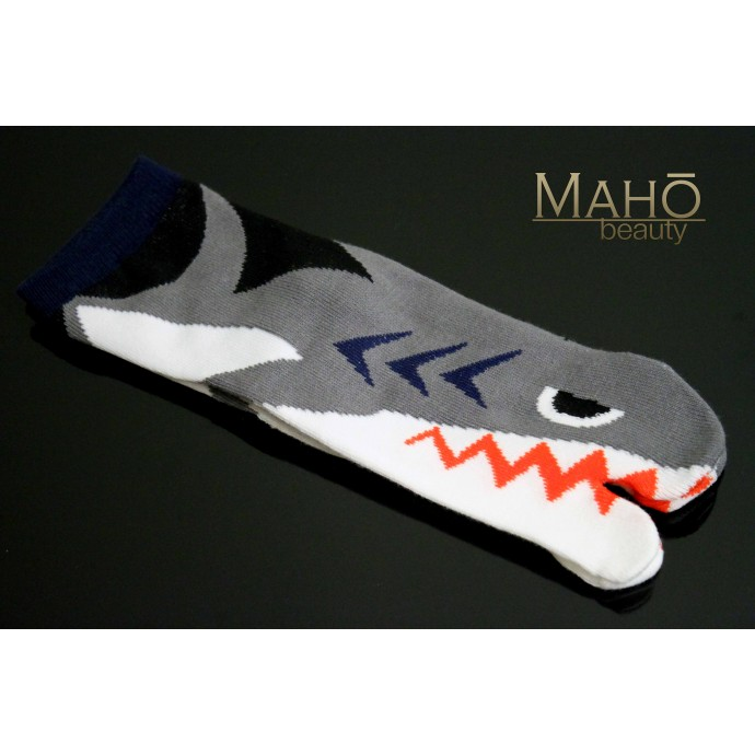 Cute Japanese style Kawaii Tabi socks: Shark 鮫 Same 22-25 cm