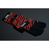 Cool Japanese style Sport Tabi socks: red/black 24-26cm