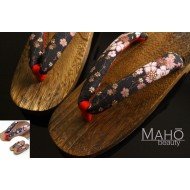 Geta - traditional Japanese wooden clogs sandals sakura