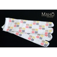 Lovely Japanese style Tabi socks: white blossoms