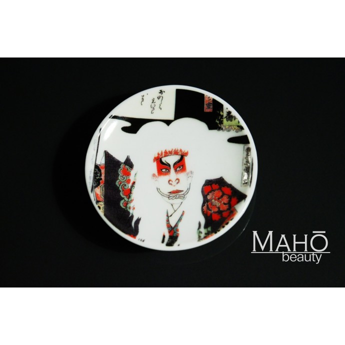 "Beautiful Japanese design fridge magnet plate 52 mm ""Kabuki actor"""