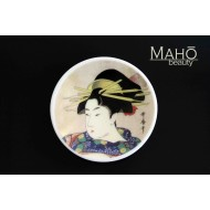"Beautiful Japanese design fridge magnet plate 52 mm ""Lady with kanzashi"""