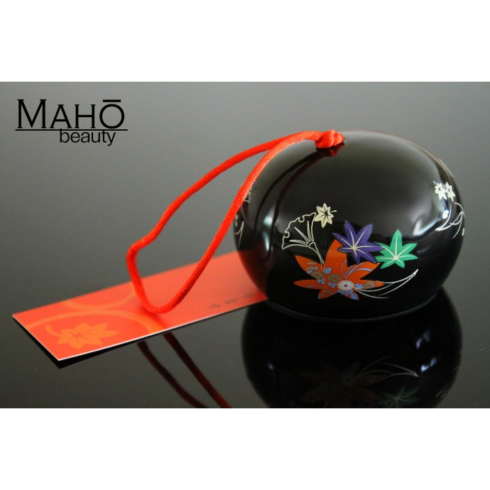 Japanese symbol of summer: Wind chime Furin Maple leaf